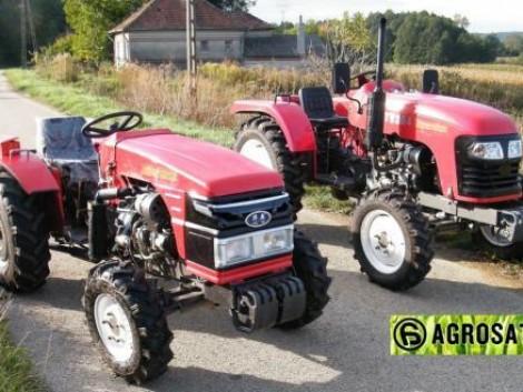 TY -ALD 2-24 LE kistraktor a legolcsóbb 4WD traktor ! Csak jó árat talál az Agrosat -nál. fotó