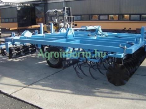3, 9 m-es, vontatott, hidraulikus kompaktor (TÁRCSÁS KOMBINÁTOR) eladó, házhoz szállítással fotó