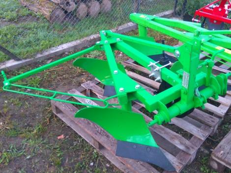 Kistraktor 2 eke Új eladó.Videó. Cserei is, vagy beszámolással! fotó