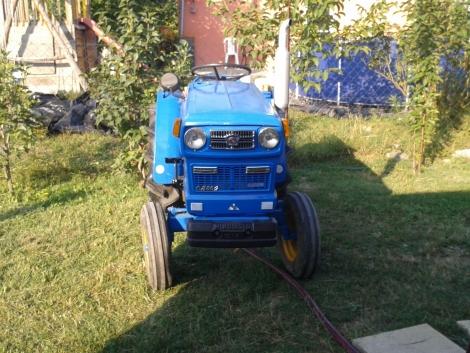 Hinomoto E14 japán kis traktor eladó fotó