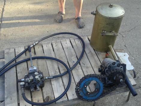 Hidraulika vezérlés eladó fotó