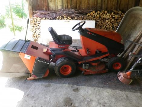 Eladó Westwood fűnyíró traktor fotó