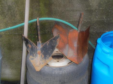 Rotációs kapa alkatrészek-töltögető eke eladó fotó