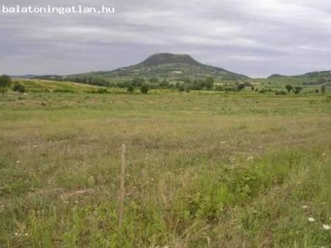 Káli medence legszebb részén 10 hektár termőföld eladó fotó