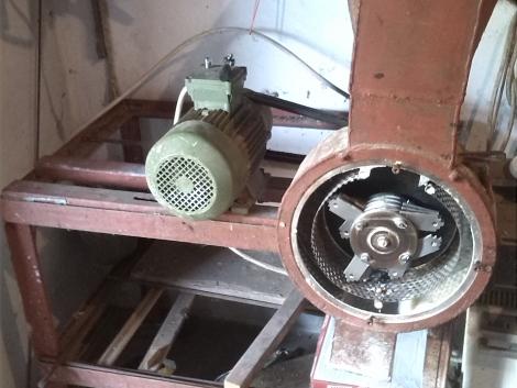 Ipari Terménydaráló eladó fotó