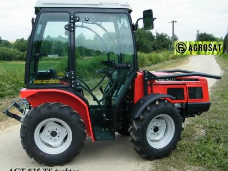 AGT 835 TS kabinos traktor. 36 LE szinkron váltós, Lombardini motoros traktor .Agrosat fotó