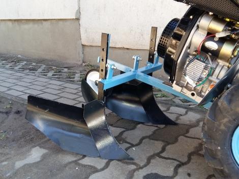 MF 70 Diesel Sorhúzó Töltögető Burgonya Termesztéshez mf70 mf-70 fotó