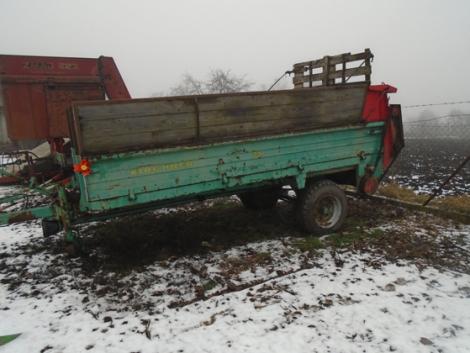 Kirschner trágyaszóró kocsi 4, 5 t, állatszállító kocsi 1 tengelyes fotó