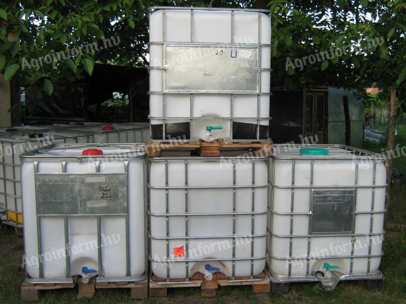 0f8fc9946a08 1000l-es műanyag IBC víztartály eladó (aktív) - kínál - Tatabánya - 8.000  Ft - Agroinform.hu