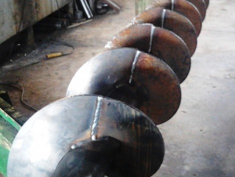 Szállító csiga, tápkeverő, terménykihordó csiga gyártás egyedi igények szerint, kedvező ár fotó