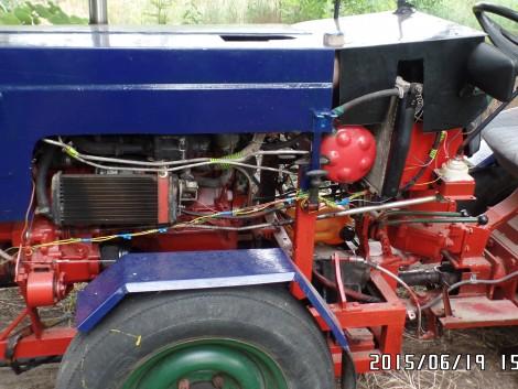 Betegség miatt sürgősen eladó kis traktorom fotó