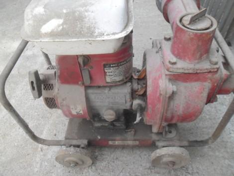 Eladó Honda motoros szivattyú fotó