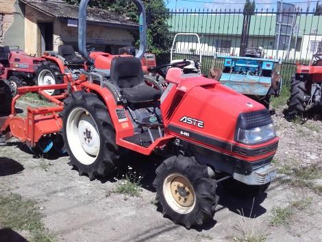 Eladó használt japán kistraktor kereskedőtől fotó