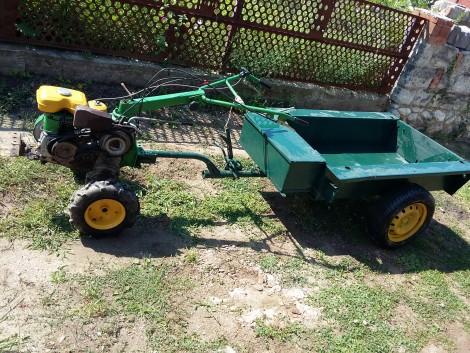 Honda F600 kistraktor eladó, fűnyíró traktor csere érdekel. fotó