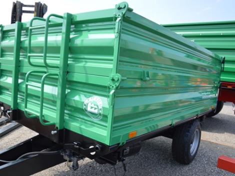4 tonnás egytengelyes pótkocsi, magasítással fotó