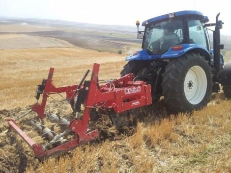Megérkeztek az új Hattat kertészeti traktorok és a kiváló Rolmako munkagépek!