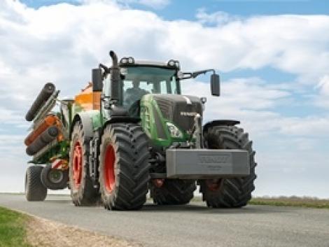 Megérkeztek az új 900 és 800 Vario traktorok