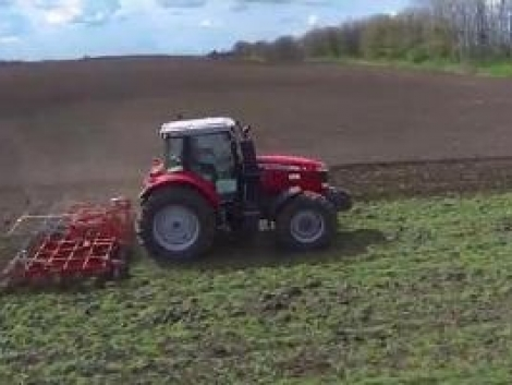 Így dolgoznak a Güttler gépek a szántóföldön - Demo Show 2014 (+Videó!)