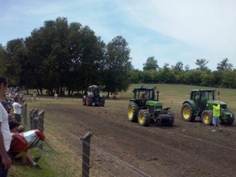 III. Veterán Traktoros Találkozó Balatonlellén - Traktorhúzó verseny, traktoros felvonulás 2014! (+Videó!)
