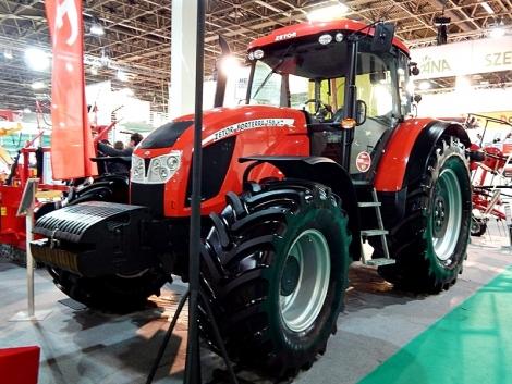Traktorújdonságok az AGROmashEXPO/AgrárgépSHOW kiállításon