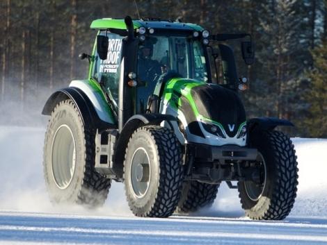 Új traktoros sebességi világrekord (+Videó)