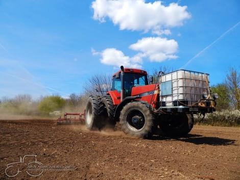 Traktorok és munkagépek úton-útfélen (+Képek!)