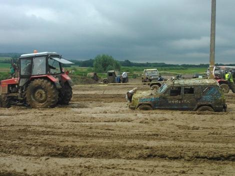Traktorok mentik a helyzetet a 29. Off-Road Fesztiválon (+Képek)