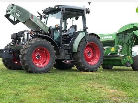 Hürlimann traktorok a kaszálón és az akadálypályán (+Videó!)