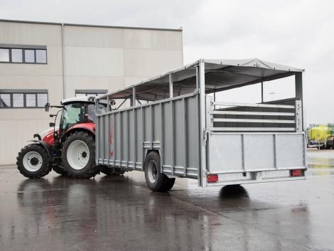 Állatbarát szállítás: új Fliegl állatszállító pótkocsi a piacon