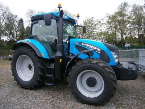 Hat új stílusos traktormodell érkezik a Landinitól