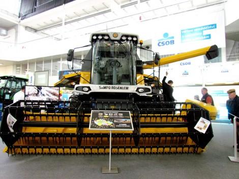Traktorok, munkagépek a TECHAGRO kiállításon