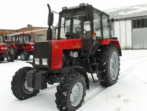 Belarus MTZ traktorok téli üzemeltetése – Képekkel!