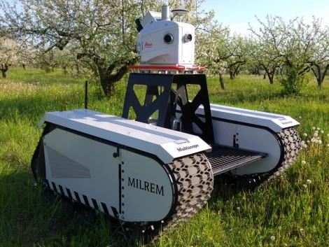 Ezután már harci robottal is megfigyelhetjük a gabonatábláinkat