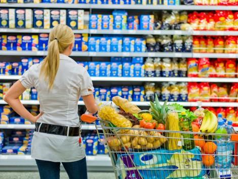 Kötelezővé teszik a helyi élelmiszerek forgalmazását – ez segít a termelőkön?