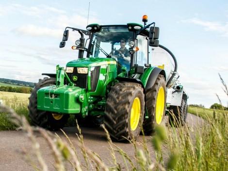 Bemutatkozott az 5R sorozatú John Deere traktorok legújabb generációja