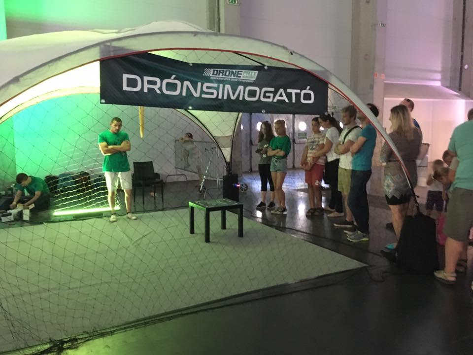 drónsimogató