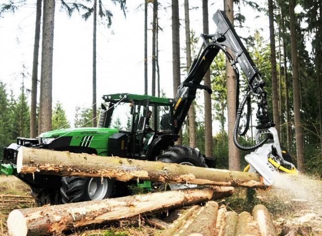 Körkérdés: az erdő nem játszótér, ide komoly gépek kellenek!