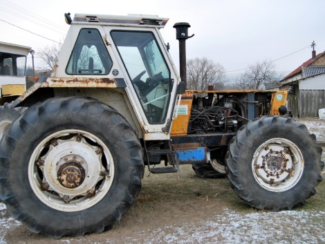 Traktorlegenda kiváló jellemzőkkel