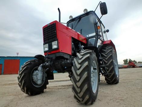 Foglalkozzunk többet az MTZ-82 traktor első hídjával