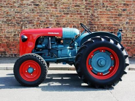 Íme egy 110 ezer dolláros traktor
