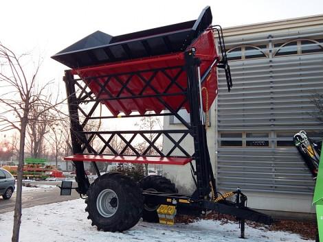 Speciális szállítóeszközök az AGROmashEXPO-n
