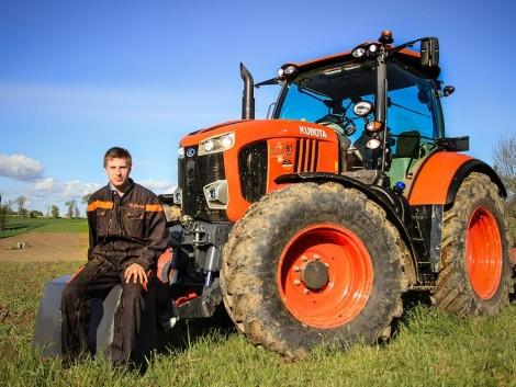 A Kubota M7001 traktor nem csak hasznos, hanem gyönyörű is! (+Képek!)
