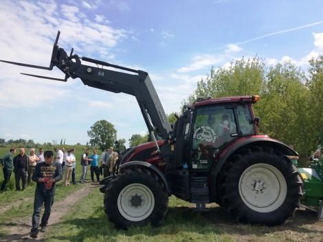 Erdészeti gépet venne? Valtra traktorokhoz zúzót, darut és kiközelítő kocsit is mutatunk! (+Videó!)