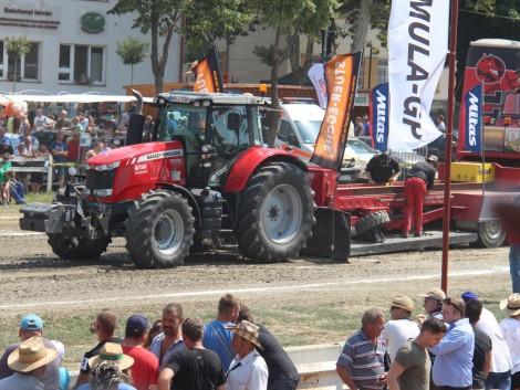 Lóerők a talajon – Massey Ferguson győzelem a traktorhúzó Európa Kupán