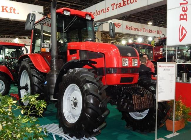 Traktorújdonságok az idei AGROmashEXPO/AgrárgépShow-ról