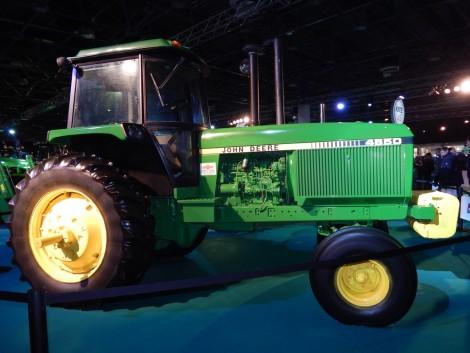 Veterán John Deere traktorok a kőbányai Vásárvárosban