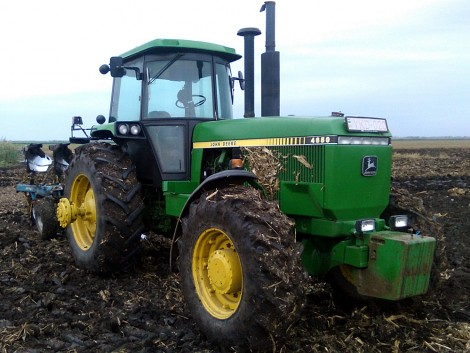 Traktor egy emberöltőre tervezve