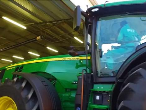 Mezőgépésznek tanulni John Deere traktorok között (+Videó)