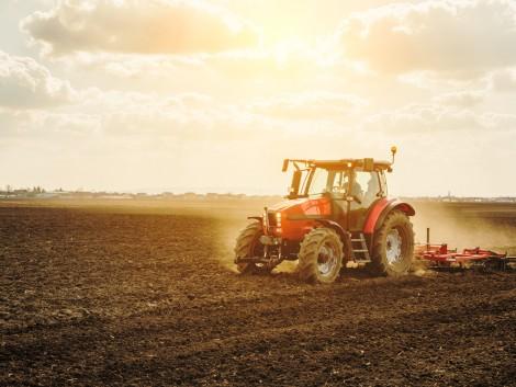 Nagy az igény a brit használt mezőgazdasági gépekre
