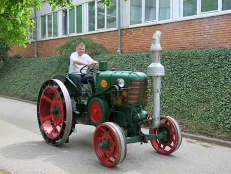 Szakmai konferencia és tavaszi traktorkiállás a NAIK MGI-ben